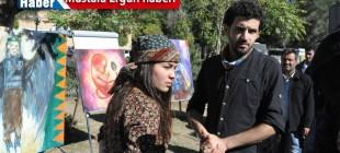 Kobanê'li genç ressamlardan IŞİD'li sergi