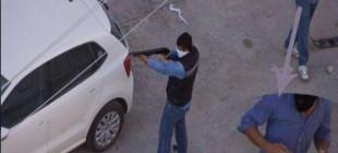 Hizbullah yanlıları ellerinde domuz bağı ve pompalı tüfeklerle görüntülendi!