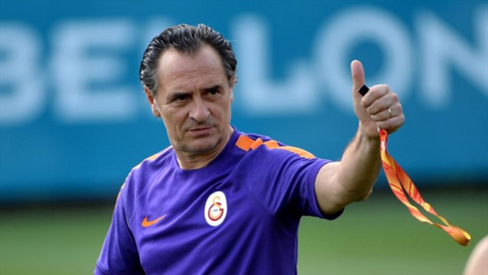 Galatasaray yönetimi Cesare Prandelli'yi göndermek için menajerini İstanbul'a davet etti. Sözleşmenin tek taraflı feshi sonucunda ise Galatasaray'ın kasasından 9.4 milyon dolar çıkacak. prandelli, prandelliyi göndermenin maliyeti, galatasaray, italyan teknik adam, FIFA, tazminat, Ünal Aysal, Cesare Prandelli, şampiyonlar ligi, çeyrek final, Türkiye Kupası,