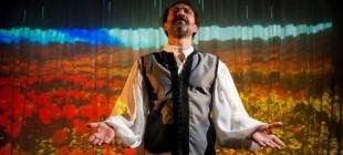 Ahmet Arif'in 'Hasretinden Prangalar Eskittim' eseri sahnede!