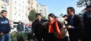 Davutoğlu Mersin'de protesto edildi!