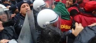 İşten atılan 500 işçiye polis müdahalesi!