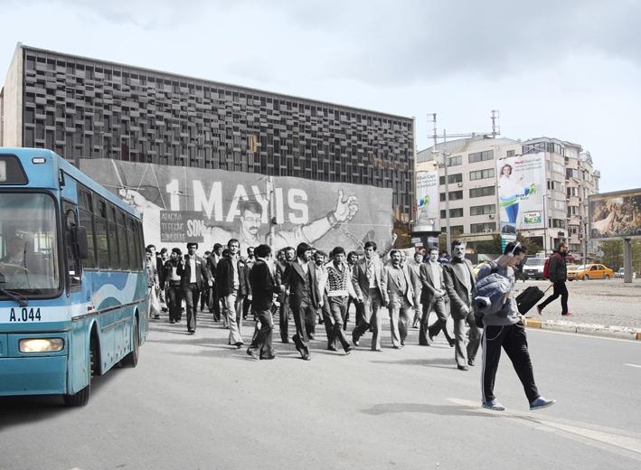 Disk'in Taksim Meydanı'nda düzenlediği miting alanına düzenlenen silahlı saldırı yaşanmakta olan bayram coşkusunu ani bir panik haline bırakıyordu.