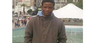 Themba Dhlamini adlı Afrikalı gencin cansız bedenini taşımadılar