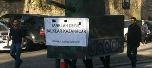 Anarşistlerden eylem: 'Tanklar değil halklar kazanacak'