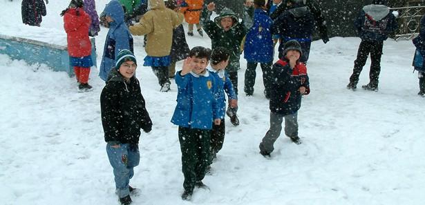 tatil, kar tatil, tatil olan iller, okulların tatil olduğu iller, okullar tatil mi,