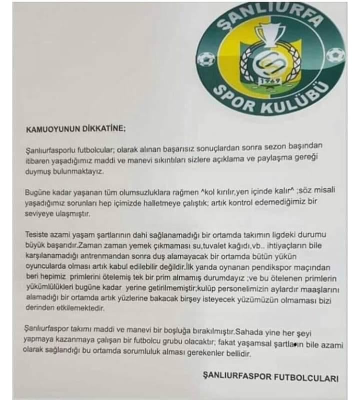 Şanlıurfaspor oyuncuları, mali kriz içinde bulunan takımın yöneticilerine isyan etti.