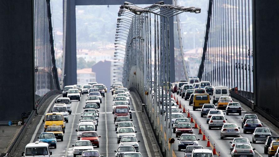 Trafiğe Katılan Araç Sayısı Geçen Yıla Göre Yüzde 42,5 Azaldı
