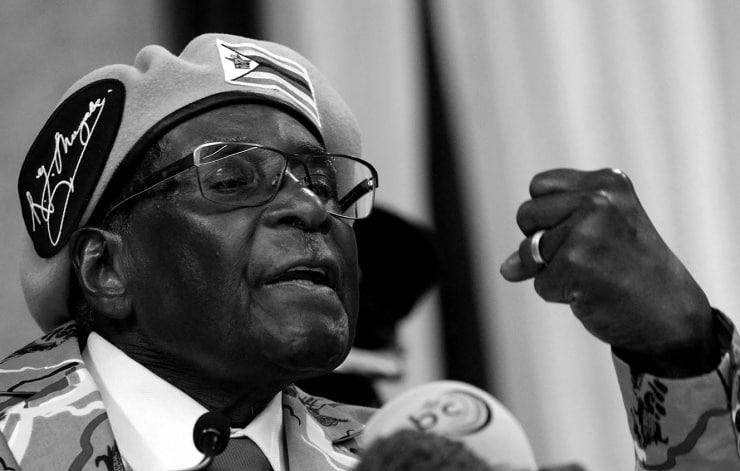 Zimbabve eski devlet başkanı Robert Mugabe yaşamını yitirdi