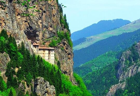 Trabzonda Gezilecek Tarihi Yerler