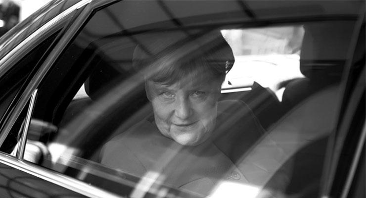 Merkel kendisini 'corona' karantinasına aldı