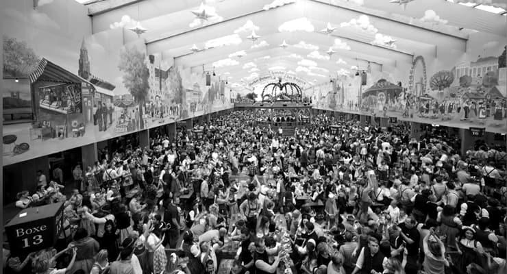 Almanya'nın dünyaca ünlü Ekim Şenliği 'corona' nedeniyle iptal