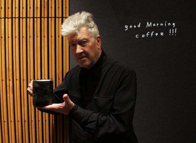 Koronavirüsle mücadele için bağış yapanlar David Lynch ile kahve içme şansı yakalayacak