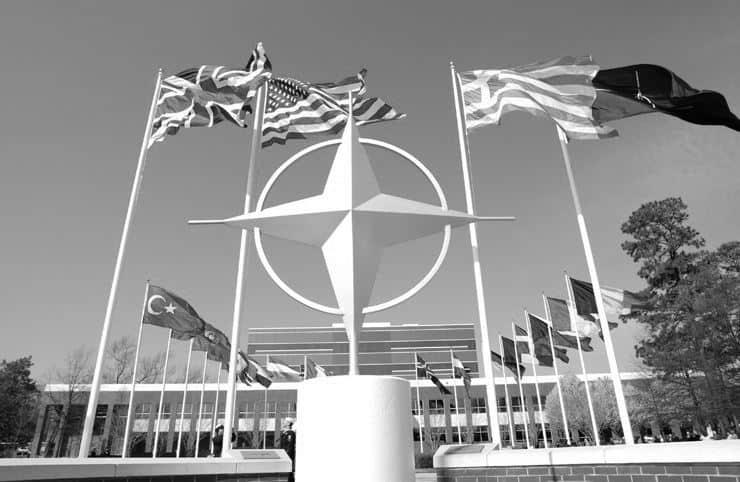 Yetkili: Fransa'nın katılımını askıya aldığı NATO harekatına desteğe hazırız