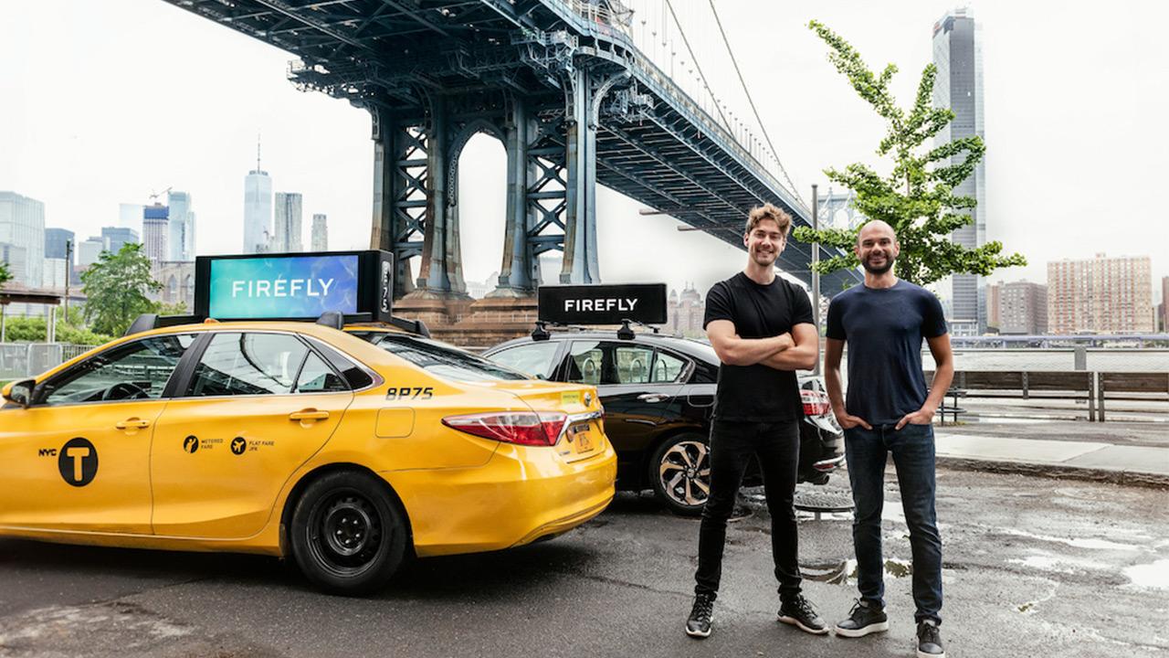 İki Türk girişimcinin ABD'de kurduğu girişim Firefly, açık hava reklamları sunan Strong Outdoor'u satın aldı