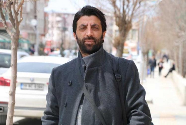 'Diriliş Ertuğrul' paylaşımlarından gözaltına alınan gazeteci Candemir serbest bırakıldı