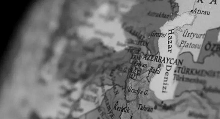 Macron'dan Türkiye'ye Karabağ eleştirisi: Açıklamaları düşüncesizce ve tehlikeli