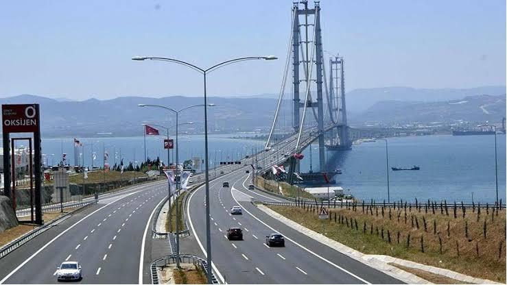 Osmangazi Köprüsü'ne 'geçiş garantisi'nden 1 milyar 750 milyon TL ödeme!