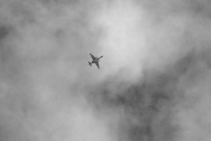 İdlib'deki muhalif kampına hava saldırısı