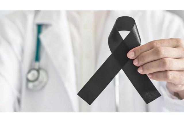 Son on günde 11, toplamda 121 sağlık çalışanı COVID-19 nedeniyle hayatını kaybetti